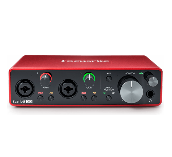 Shroud uses the Scarlett 2i2 audio interface/mixer to connect his microphone with his pc setup.
